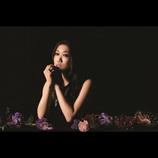 「既婚者女性の恋愛は潔い」JUJUが新曲「Distance」で描く大人の恋