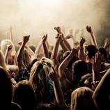 最近の若手ロックバンドは、なぜ敬語でMCをするようになったのか?