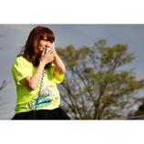 AKB48大島優子、中止となった国立競技場ライブの舞台裏公開 ファンのコールに涙するシーンも