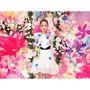 西野カナ「恋する気持ち」MVを清川あさみがプロデュース 花をモチーフにした煌びやかな世界観に
