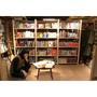 ドレスコーズ、「志磨の部屋」を再現して展示中 NAZによる「アニメみたいな」MVも公開