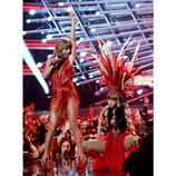 テイラー・スウィフトら出演『VMA』MTV JAPANでオンエア ド派手な衣装にも注目!