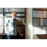 ピーター・バラカンが語る、レコードの悦楽 「アナログは音が生きている」