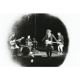 RADWIMPS、初のCMソング書き下ろし テレビ版には堀北真希と野田洋次郎が登場