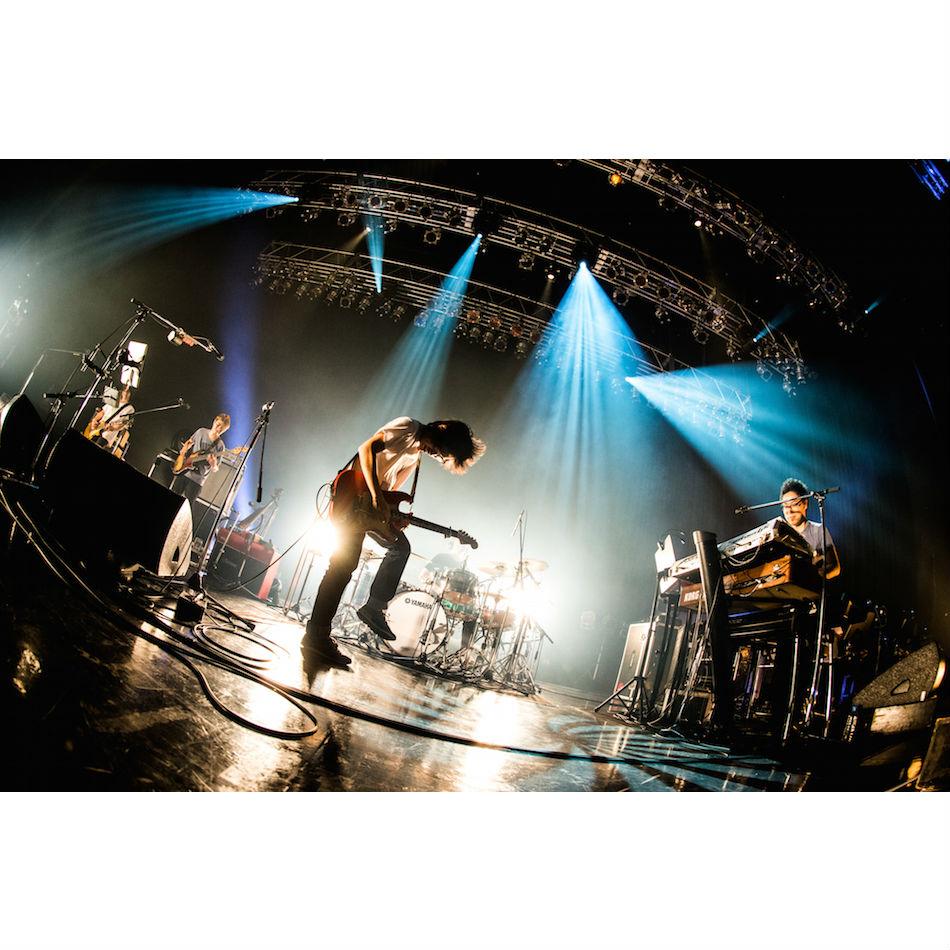 くるりが『TEAM ROCK』『THE WORLD IS MINE』再現ライブで展開した2015年のサウンド|Real Sound|リアルサウンド