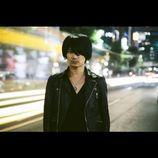 "a flood of circle佐々木亮介が表明する、""ロックンロール""への危機感「一番ポップな部分から、バンドが置き去りにされてる」"