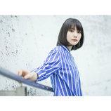 新山詩織、新アルバムより淡い恋模様描いた「Snow Smile」MV公開
