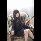 村川梨衣、1stアルバム『RiEMUSiC』リリース&初ソロライブ開催決定