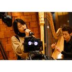 宇多田ヒカル、『30代はほどほど。』で生パフォーマンス披露 KOHHやハープ奏者朝川朋之氏と共演