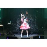 """村川梨衣がライブで体現した「RiEMUSiC」の新たな解釈と""""二面性""""の魅力"""