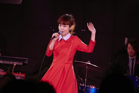 yoshizawa_l_450300.jpg