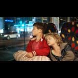 ドイツ映画『ぼくらの家路』本編映像公開へ 兄弟愛を感じさせる温かなシーンも