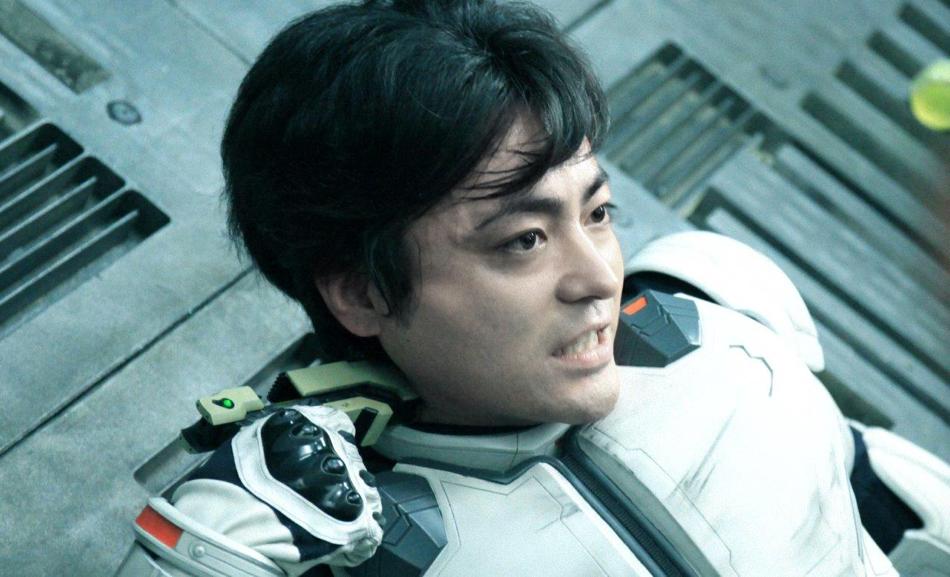 山田孝之がヒト型ゴキブリと直接対決!? 『テラフォーマーズ』特別映像公開