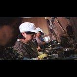 """想田和弘監督『牡蠣工場』が切り取る日本の闇ーー働く現場を""""観察""""して見えるもの"""