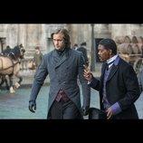 ターザンがスーツを身に纏い英国紳士に 『ターザン:REBORN』、新たな場面写真を公開