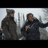 ディカプリオら、『レヴェナント』イニャリトゥ監督を語る映像公開 「映画作りにおいて真の天才だ」
