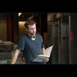 『ラザロ・エフェクト』、D・ゲルブ監督インタビュー映像公開 「昔からホラー映画が好きなんだ」