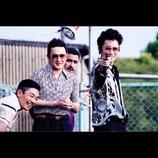 """松江哲明の『日本で一番悪い奴ら』評:綾野剛は""""渋い映画""""でこそ一番輝くタイプの俳優"""