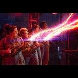 """マシュマロマンがついに登場!『ゴーストバスターズ』新映像で""""質感""""の異なるルックスが明らかに"""