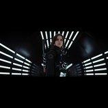 悪の帝王ダース・ベイダーがついに登場! 『ローグ・ワン』最新映像、全世界一斉公開