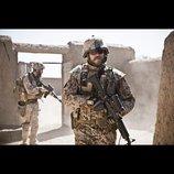 トビアス・リンホルム監督『ある戦争』予告編、決断せざるを得なかった男の苦悩と家族との絆描く