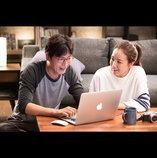 チェ・ジウが独身アラフォーCA役に 大人のラブコメディ『ハッピーログイン』予告映像公開
