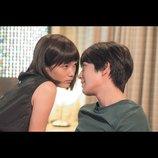 本田翼と真剣佑が何かを企むように見つめ合う 『少女』新場面写真公開へ