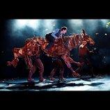 ナショナル・シアター・ライヴ『戦火の馬』試写会に10名様をご招待