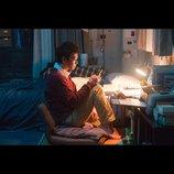 """モルモット吉田の『何者』評:演劇出身監督は""""SNS""""をどう映画に活用したか?"""