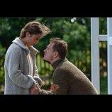 マイケル・ファスベンダーとアリシア・ヴィキャンデルが見つめ合う 『光をくれた人』新場面写真