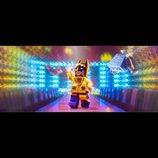 『レゴバットマン ザ・ムービー』は驚きの映画だ! 批評的視点を獲得した、レゴ映画のカオス
