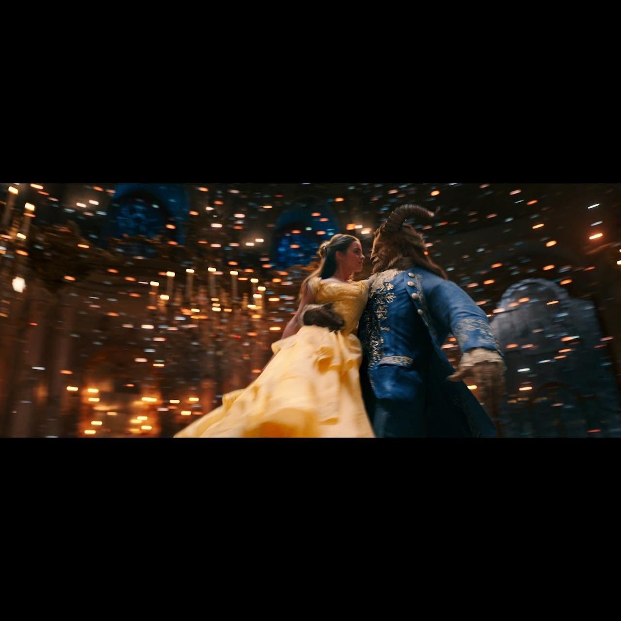 """『美女と野獣』は王道ミュージカル映画ではないーー""""実写×アニメーション""""の演出を読む"""