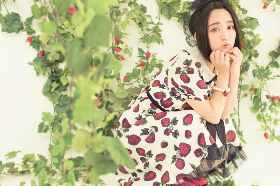 悠木碧、再始動第一弾シングル『永遠ラビリンス』発売 試聴スタート&新アー写公開も