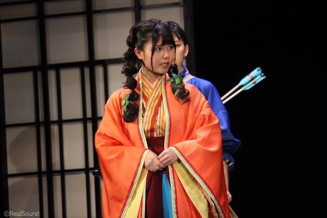 着物を着た伊藤理ヶ杏
