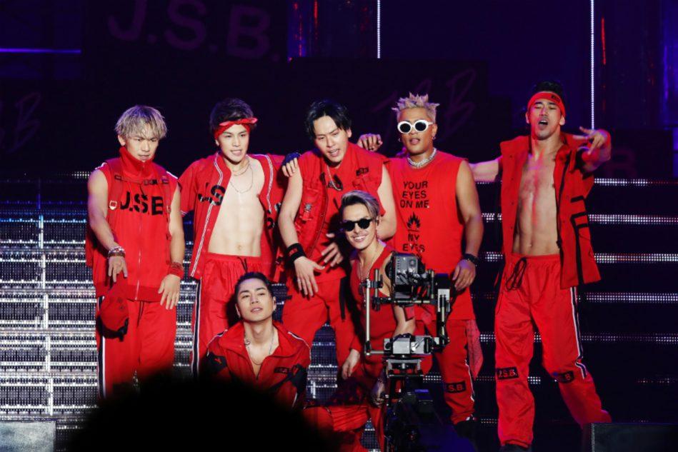 三代目 J Soul Brothers 赤い衣装