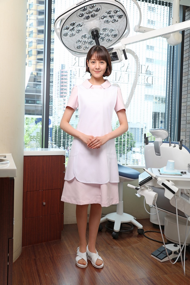 歯科医でのトリンドル玲奈