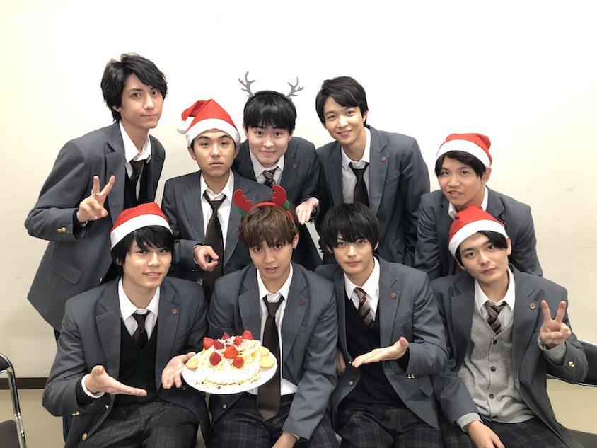 『3年A組』片寄涼太、川栄李奈、今田美桜ら生徒がクリスマスパーティ開催 動画はイブに公開