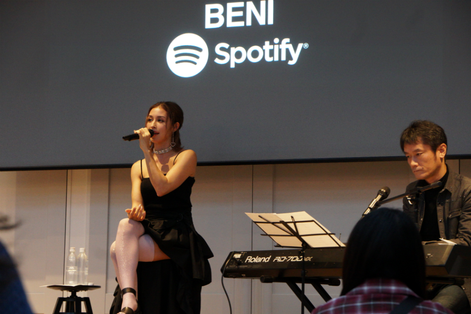 BENI、女性限定イベントで『CINEMATIC』制作秘話を語る 『Spotify New Music Place』レポ