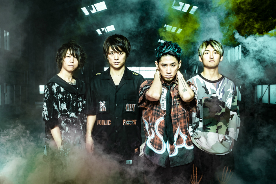 ONE OK ROCK、新アルバムより「Stand Out Fit In」オーケストラVer.ライブ映像公開