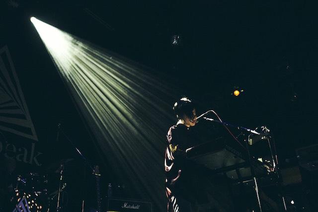 Newspeak、バンドの雰囲気や楽曲の変化はライブにも 『No Man's Empire Tour』ツアー初日をレポートの画像2-1