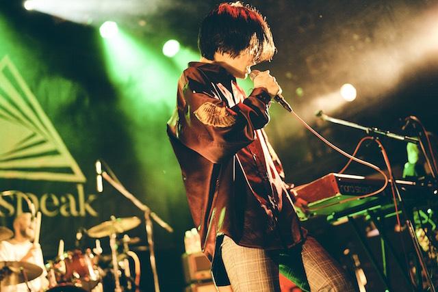 Newspeak、バンドの雰囲気や楽曲の変化はライブにも 『No Man's Empire Tour』ツアー初日をレポートの画像2-2