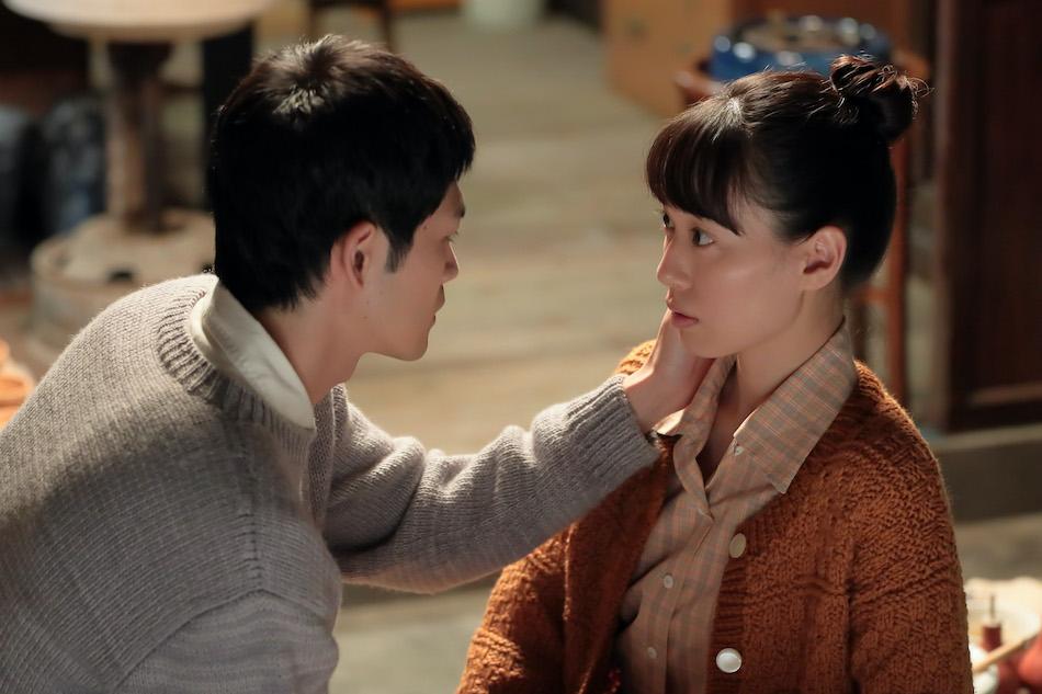スカーレット』第69話では、八郎(松下洸平)が「初めてのキスは