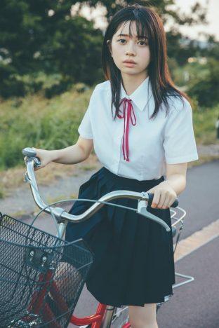 桜田ひより2021カレンダーブック