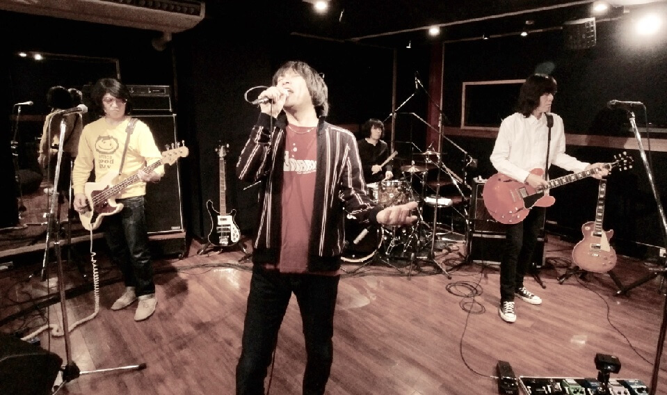 THE COLLECTORS、『YOUNG MAN ROCK』全曲を披露したスタジオライブ映像を有料配信